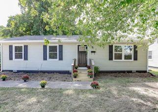 Casa en ejecución hipotecaria in Hampton, VA, 23666,  BIG BETHEL RD ID: F4406613
