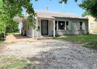 Casa en ejecución hipotecaria in Springfield, MO, 65802,  W HAMILTON ST ID: F4406790