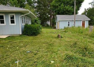 Casa en ejecución hipotecaria in Steelville, MO, 65565,  HIGHWAY 19 ID: F4406797