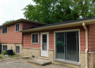 Casa en ejecución hipotecaria in Des Plaines, IL, 60016,  WILKINS DR ID: F4406913