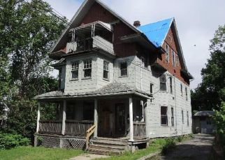 Casa en ejecución hipotecaria in Waterbury, CT, 06704,  BYRNESIDE AVE ID: F4407212
