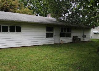 Casa en ejecución hipotecaria in Levittown, PA, 19057,  BLUE RIDGE WAY ID: F4407333