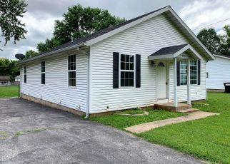 Casa en ejecución hipotecaria in Springfield, MO, 65802,  W LOMBARD ST ID: F4407625