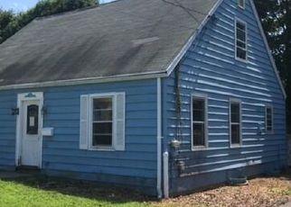 Casa en ejecución hipotecaria in Milford, CT, 06460,  E BROADWAY ID: F4407953