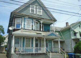 Casa en ejecución hipotecaria in Bridgeport, CT, 06607,  DEKALB AVE ID: F4407966