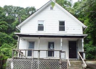 Casa en ejecución hipotecaria in Norwich, CT, 06360,  GILMOUR ST ID: F4407972