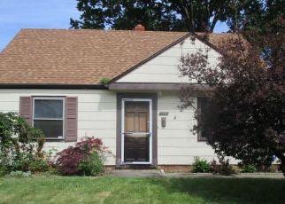 Casa en ejecución hipotecaria in Euclid, OH, 44123,  WILLIAMS AVE ID: F4408260