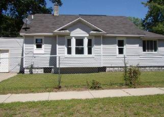 Casa en ejecución hipotecaria in Muskegon, MI, 49444,  7TH ST ID: F4408401
