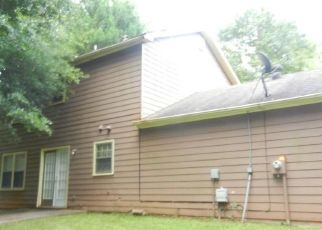 Casa en ejecución hipotecaria in Ellenwood, GA, 30294,  DERBY COUNTRY DR ID: F4408649