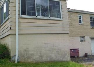 Casa en ejecución hipotecaria in Pittsburgh, PA, 15235,  WILSON DR ID: F4408692