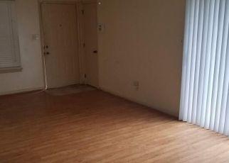 Casa en ejecución hipotecaria in Newport News, VA, 23608,  WINDSOR CASTLE DR ID: F4408924