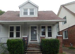 Casa en ejecución hipotecaria in Dearborn, MI, 48126,  JONATHON ST ID: F4409078