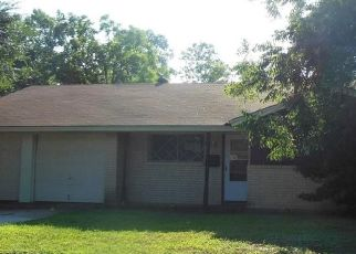 Foreclosure Home in Tarrant county, TX ID: F4409192
