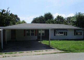 Casa en ejecución hipotecaria in Moniteau Condado, MO ID: F4409403