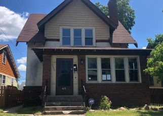 Casa en ejecución hipotecaria in Minneapolis, MN, 55407,  CEDAR AVE S ID: F4409462