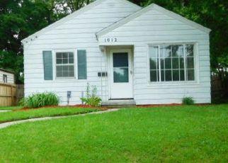 Casa en ejecución hipotecaria in Lansing, MI, 48910,  WOODBINE AVE ID: F4409470