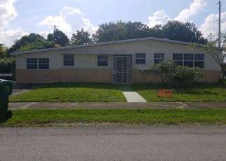Casa en ejecución hipotecaria in Opa Locka, FL, 33055,  NW 39TH AVE ID: F4409509