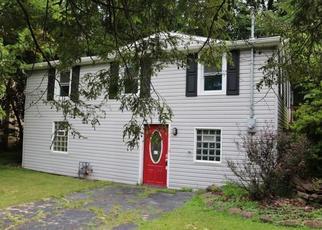 Casa en ejecución hipotecaria in Pittsburgh, PA, 15235,  DUFF RD ID: F4409810