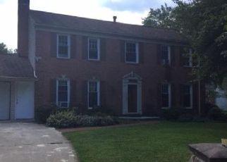 Casa en ejecución hipotecaria in Glenn Dale, MD, 20769,  KING ARTHUR CT ID: F4409922