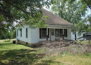Casa en ejecución hipotecaria in Brookfield, MO, 64628,  3RD ST ID: F4410263