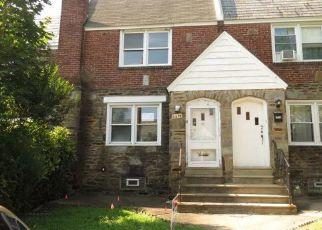 Casa en ejecución hipotecaria in Upper Darby, PA, 19082,  CLOVER LN ID: F4410650