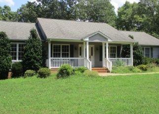 Casa en ejecución hipotecaria in Appomattox, VA, 24522,  MOUNTAIN CUT RD ID: F4410893