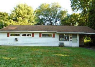 Casa en ejecución hipotecaria in Windsor, CT, 06095,  GREEN MANOR AVE ID: F4411045