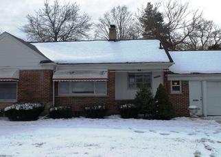Casa en ejecución hipotecaria in Redford, MI, 48239,  5 MILE RD ID: F4411104