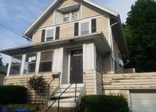 Casa en ejecución hipotecaria in Akron, OH, 44314,  17TH ST SW ID: F4411295