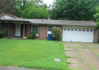 Casa en ejecución hipotecaria in Florissant, MO, 63033,  BARDEN TOWER RD ID: F4411357