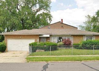 Casa en ejecución hipotecaria in Cleveland, OH, 44128,  LEE RD ID: F4411526