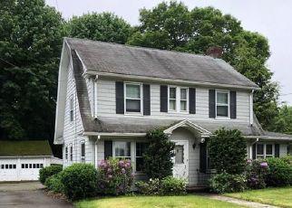 Casa en ejecución hipotecaria in Trumbull, CT, 06611,  HILLTOP DR ID: F4412128