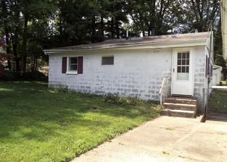 Casa en ejecución hipotecaria in Thornville, OH, 43076,  LAUREL RD NE ID: F4415335