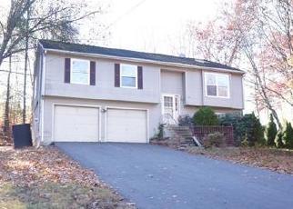 Casa en ejecución hipotecaria in Cheshire, CT, 06410,  ASPEN DR ID: F4415894