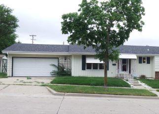 Casa en ejecución hipotecaria in Milwaukee, WI, 53221,  W CARPENTER AVE ID: F4416013