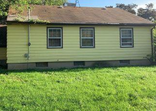 Casa en ejecución hipotecaria in Milwaukee, WI, 53221,  W BIRCHWOOD AVE ID: F4416020