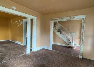 Casa en ejecución hipotecaria in Newport News, VA, 23607,  32ND ST ID: F4416077