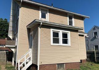 Casa en ejecución hipotecaria in Canton, OH, 44708,  CLARENDON AVE NW ID: F4416159
