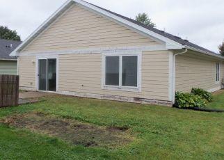 Casa en ejecución hipotecaria in Lake City, MN, 55041,  W MADISON ST ID: F4416406