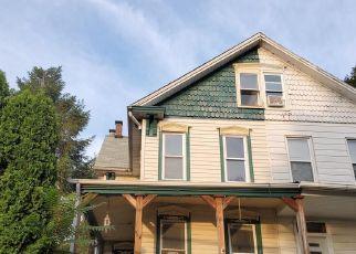 Casa en ejecución hipotecaria in Harrisburg, PA, 17104,  S 21ST ST ID: F4416638