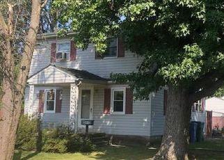 Casa en ejecución hipotecaria in Levittown, PA, 19056,  NAPLES ST ID: F4416757