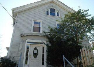 Casa en ejecución hipotecaria in Norwich, CT, 06360,  E MAIN ST ID: F4416786
