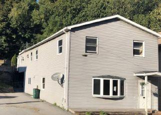 Casa en ejecución hipotecaria in Cohoes, NY, 12047,  COLUMBIA ST ID: F4416838