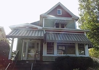 Casa en ejecución hipotecaria in Elizabeth, PA, 15037,  3RD AVE ID: F4416872