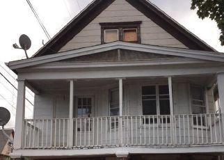 Casa en ejecución hipotecaria in Milwaukee, WI, 53215,  S 19TH ST ID: F4416964