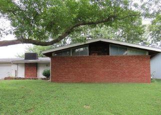 Casa en ejecución hipotecaria in Florissant, MO, 63033,  ALLEN DR ID: F4417071