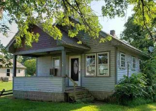 Foreclosure Home in Temperance, MI, 48182,  MAPLEWOOD DR ID: F4417230