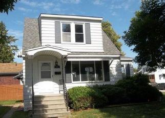 Casa en ejecución hipotecaria in Bay City, MI, 48708,  31ST ST ID: F4417234