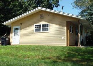 Casa en ejecución hipotecaria in Brooklyn, CT, 06234,  HUGH DR ID: F4417609