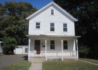 Casa en ejecución hipotecaria in Windsor Locks, CT, 06096,  ELM ST ID: F4417610